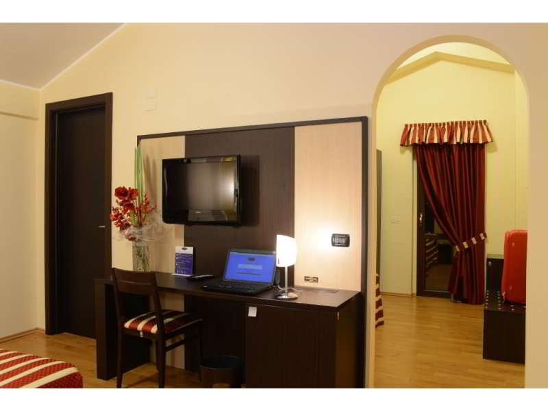 Hotel Iacone 4